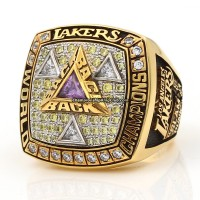 2002 Los Angeles Lakers Championship Ring